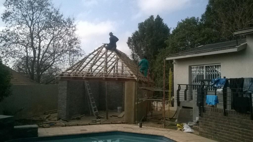 thatch lapa construction