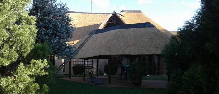 MNANDI HOUSE THATCH REPAIRS BY PJDTHATCH